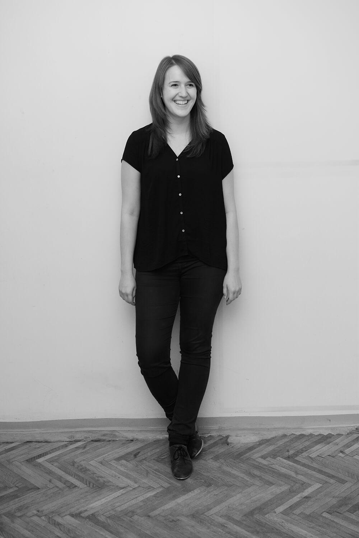 <p>Anna Weinzinger hat ihre geliebte Ordnung und Struktur in der pittoresken Hügellandschaft des Mühlviertels erlernt. Somit findet sie Regionen eigentlich auch spannender als Städte und sorgt dafür, dass stadtform auch über Stadtgrenzen geht.</p>